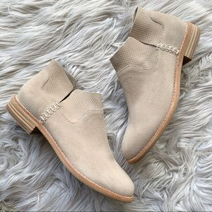 NEW Clarks Edenvale Bella Genuine Suede Ankle Boot